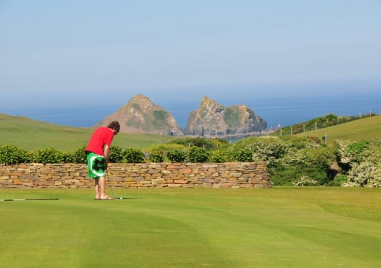 Holywell Bay Pitch and Putt
