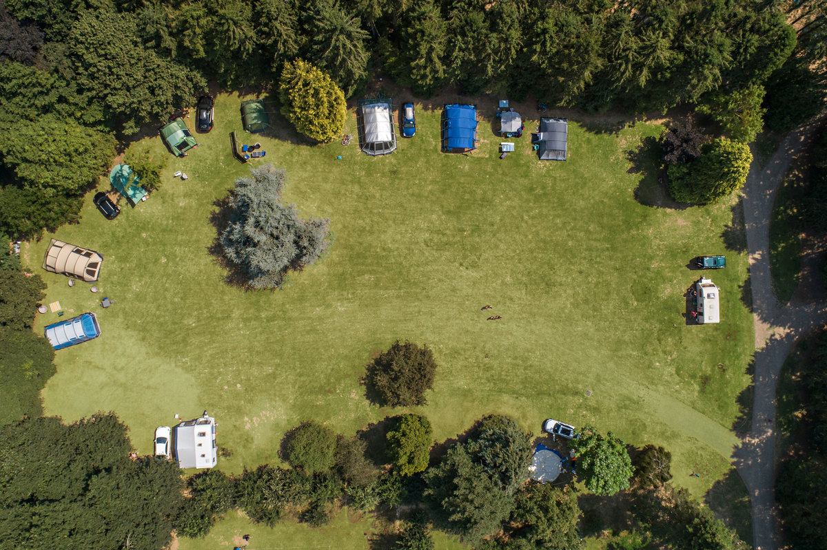 clippesby hall camping pitches